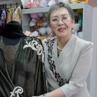 ed9b71d5893 Платье от Шанель с казахским орнаментом - КН